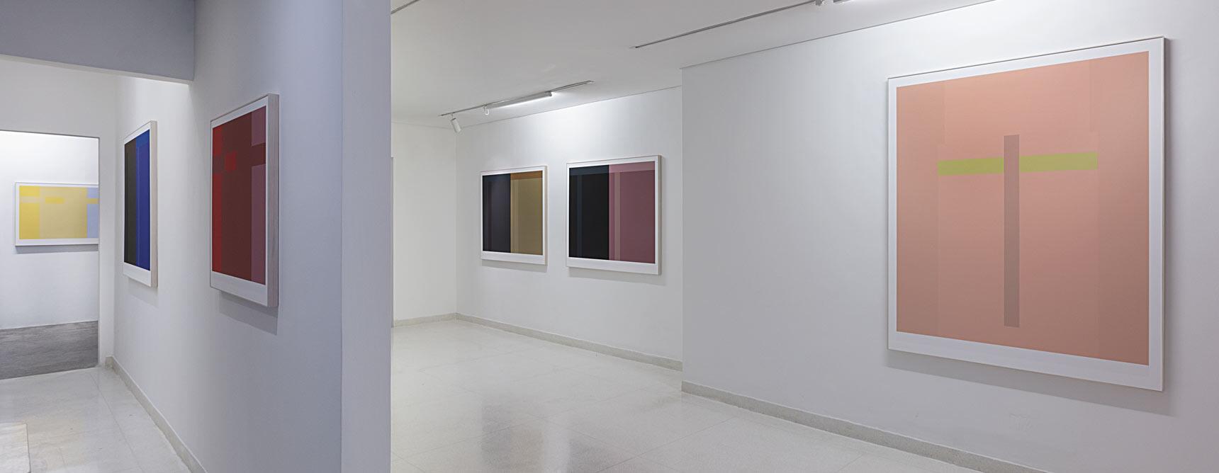 """Vista da exposição """"Seis Variações"""" de Paulo Pasta"""